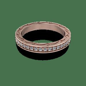 Prong set 18kt diamond ring